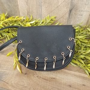 Cato • Black Leather Crossbody Purse